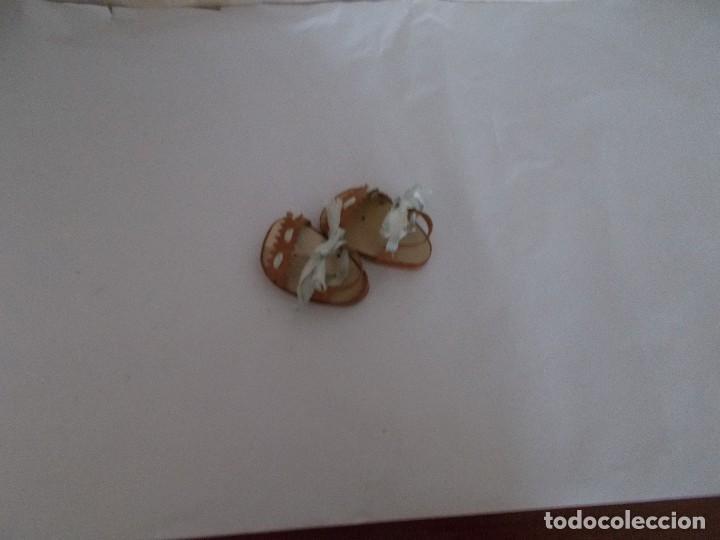 Muñeca Gisela: Autnticas sandalias muñeca Gisela años50 ,tienen suela de madera ,estan perfectas dificiles de conse - Foto 2 - 113005895