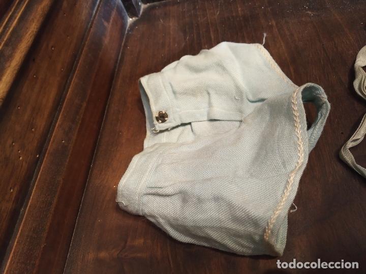 Muñeca Gisela: Muñeca Lily hermana de Gisela. Precioso traje con capucha. Carmen Cervera Giralt. Años 40. - Foto 17 - 182710670