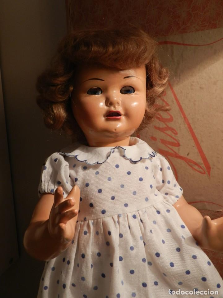 Muñeca Gisela: Muy bonita muñeca Gisela en su caja y con una peluca muy bonta de mohair-ver todas las fotos. - Foto 10 - 188594728