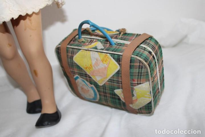 Muñeca Mariquita Pérez y Juanin: Hermosa muñeca Mariquita Pérez delgada, con abanico y bolsa de viaje - Foto 37 - 202345831