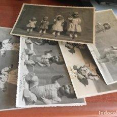 Muñeca Mariquita Pérez y Juanin: LOTE DE 5 FOTOS DE MUÑECAS PROCEDENTES DE ANTIGUA JUGUETERIA DE BARCELONA - MARIQUITA GISELA JUANIN?. Lote 213094717