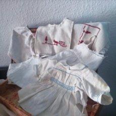 Muñeca Mariquita Pérez y Juanin: LOTE DE AJUAR DE JUANIN BEBE Y MARIQUITA PEREZ EN SU BAUL.AÑOS 50. Lote 237182325
