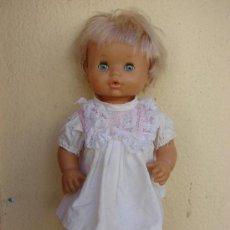 Muñecas Lesly y Barriguitas: MUÑECA DE FAMOSA. Lote 26872514