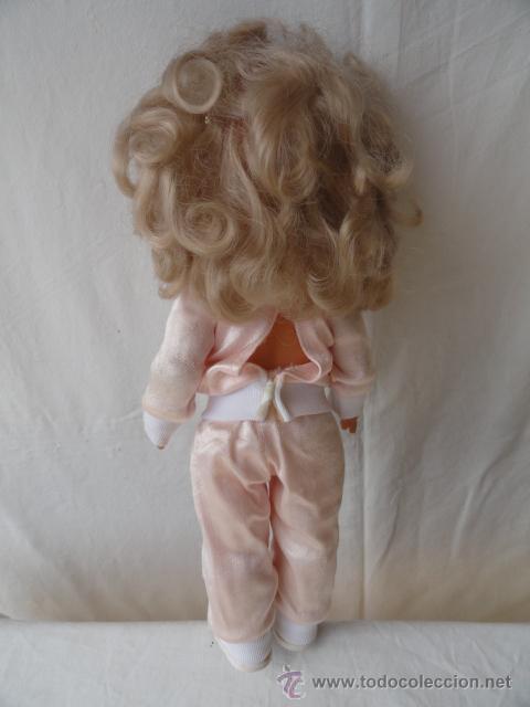 Muñecas Lesly y Barriguitas: MUÑECA DE FAMOSA. - Foto 4 - 33904183