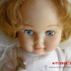 Muñecas Lesly y Barriguitas: MUÑECA ESPAÑOLA VESTIDA COMUNIÓN. Lote 37822789