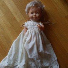 Muñecas Lesly y Barriguitas: MUÑECA FAMOSA MADE IN SPAIN, TRAJE LARGO. Lote 37992452