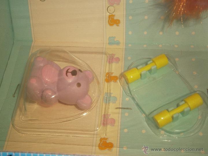 Muñecas Lesly y Barriguitas: Primitos de Famosa. Muñeco pelirrojo con carro en forma de hipopótamo. Nuevo.Caja original - Foto 3 - 44744104