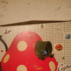 Muñecas Lesly y Barriguitas: CASITA DEL BOSQUE DE BARRIGUITAS, SETA EN SU CAJA ORIGINAL. Lote 195330065