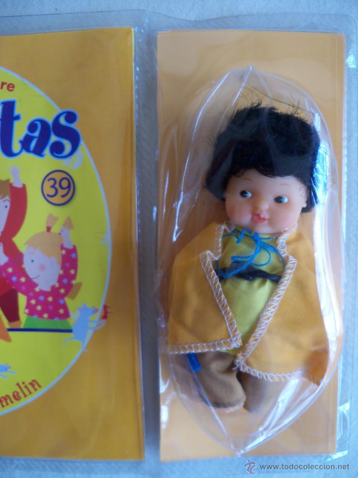 Muñecas Lesly y Barriguitas: MUÑECA BARRIGUITAS Y CUENTO EL FLAUTISTA DE HAMELIN. SERIE CUENTOS. FAMOSA. EN BLISTER - Foto 2 - 54578315