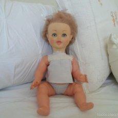 Muñecas Lesly y Barriguitas: MUÑECA DE FAMOSA. Lote 57149865