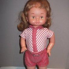 Muñecas Lesly y Barriguitas: MUÑECA DE FAMOSA COMO SACADA DE LA CAJA,VER DESCRIPCION. Lote 57696726