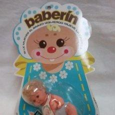 Muñecas Lesly y Barriguitas: ANTIGUA MUÑECA BABERIN DE BB EN BLISTER - NUEVA - AÑOS 70. Lote 222303583