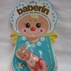 Muñecas Lesly y Barriguitas: ANTIGUA MUÑECA BABERIN DE BB EN BLISTER - NUEVA - AÑOS 70. Lote 58712099