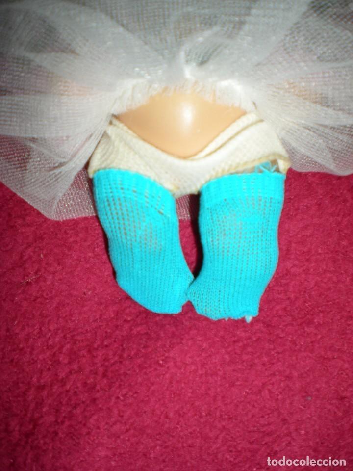 Muñecas Lesly y Barriguitas: antiguos calcetines o medias pequeños azules para barriguitas ALINA y mini nenucos nuevos sin uso - Foto 2 - 91022530