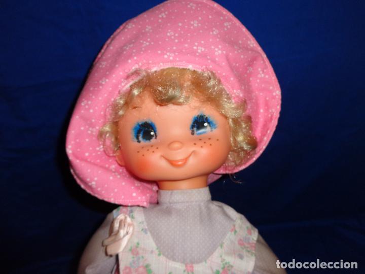 Muñecas Lesly y Barriguitas: FAMOSA - ANTIGUA MUÑECA POLIANA DE FAMOSA VESTIDA DE ORIGEN, VER FOTOS Y DESCRIPCION!!! SBB - Foto 3 - 71684903