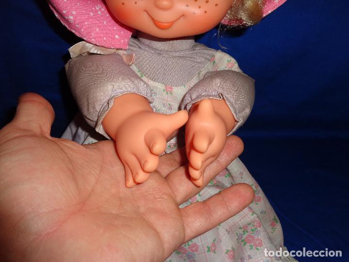 Muñecas Lesly y Barriguitas: FAMOSA - ANTIGUA MUÑECA POLIANA DE FAMOSA VESTIDA DE ORIGEN, VER FOTOS Y DESCRIPCION!!! SBB - Foto 9 - 71684903