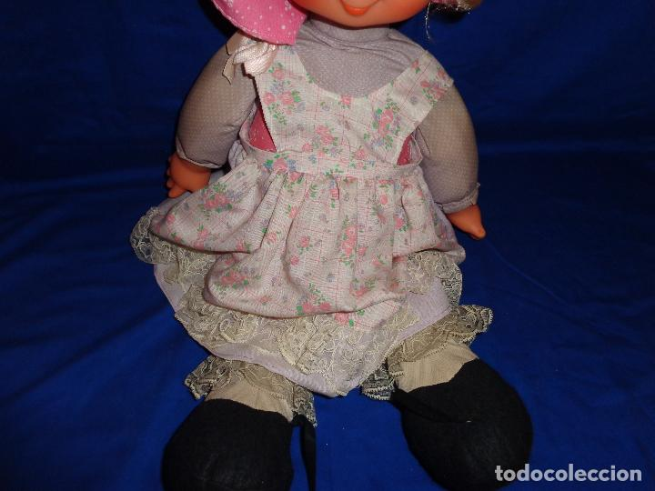 Muñecas Lesly y Barriguitas: FAMOSA - ANTIGUA MUÑECA POLIANA DE FAMOSA VESTIDA DE ORIGEN, VER FOTOS Y DESCRIPCION!!! SBB - Foto 11 - 71684903
