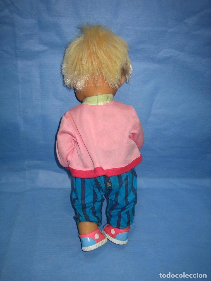 Muñecas Lesly y Barriguitas: Muñeco de famosa 1992. Altura 40 cm - Foto 5 - 72289063