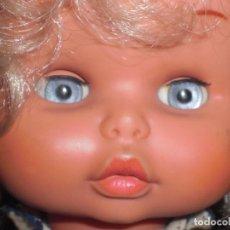 Muñecas Lesly y Barriguitas: MUÑECA RUBIA DE FAMOSA. Lote 89025404
