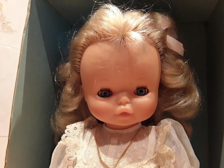 Muñecas Lesly y Barriguitas: Mary famosa, comunión, en caja - Foto 2 - 104602487