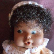 Muñecas Lesly y Barriguitas: ANTIGUA MUÑECA BARRIGUITAS FAMOSA , BESITOS NEGRA, MULATA. Lote 116204911