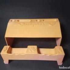 Muñecas Lesly y Barriguitas: PUPITRE MUÑECA BARRIGUITAS DE FAMOSA - ROSA. Lote 144051634