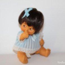 Muñecas Lesly y Barriguitas: BARRIGUITAS AMARILLO DE FAMOSA - AÑOS 70. Lote 148164818