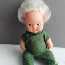 Muñecas Lesly y Barriguitas: ANTIGUA BARRIGUITAS DE FAMOSA CON VESTIDITO VERDE. Lote 153861838