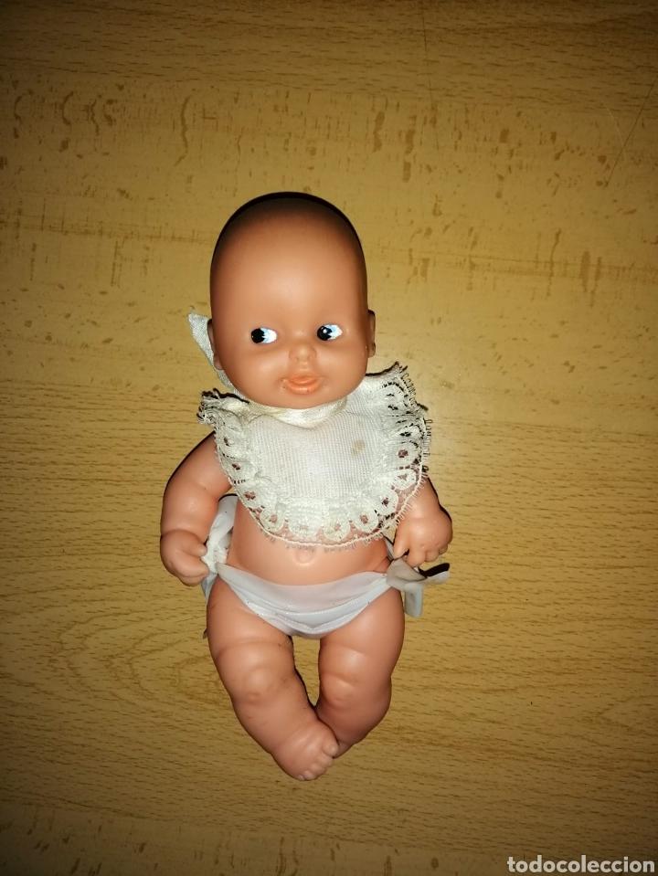 Muñecas Lesly y Barriguitas: Antigua muñeca barriguita bebe pelón de Famosa - Foto 2 - 155870842