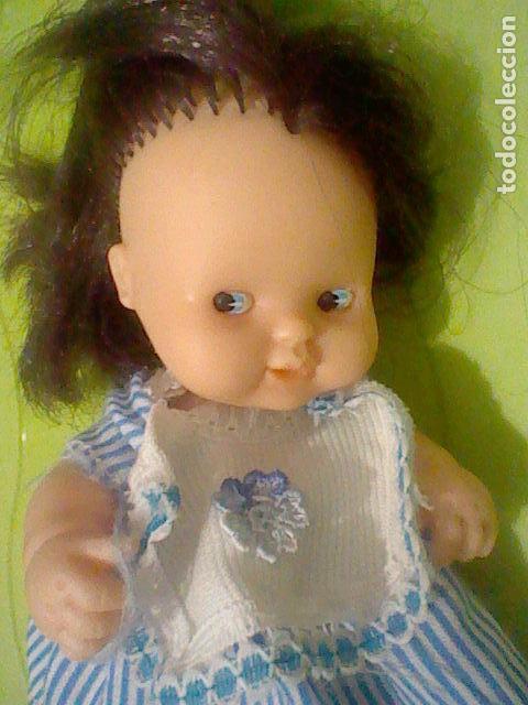 Muñecas Lesly y Barriguitas: BARRIGUITAS MORENA PELO LARGO OJOS AZULES VESTIDO RAYAS SIN ETIQUETA FAMOSA 97 DE PIE - Foto 3 - 160547830