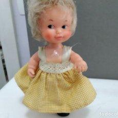 Muñecas Lesly y Barriguitas: ANTIGUA BARRIGUITAS DE FAMOSA CON VESTIDO . Lote 165336866