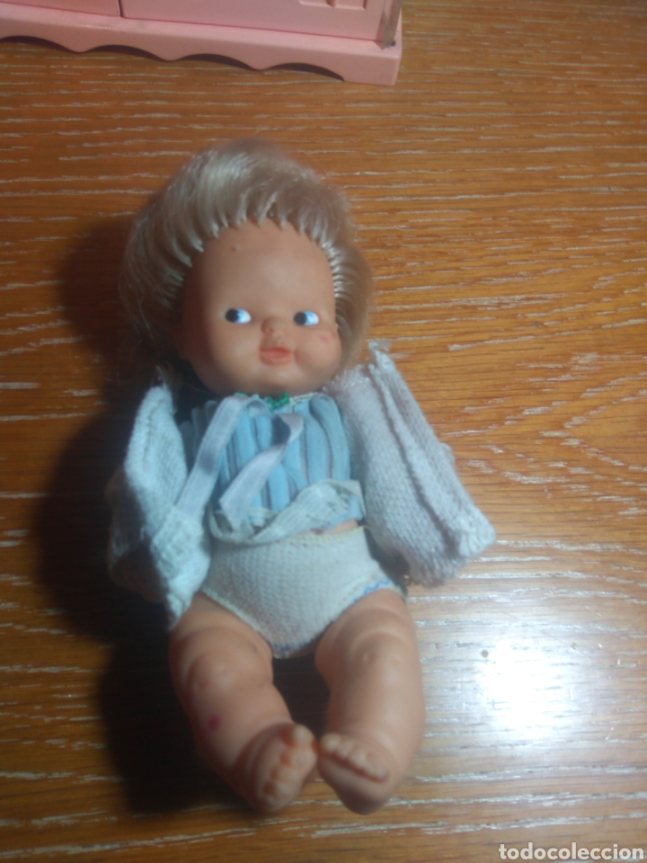 Muñecas Lesly y Barriguitas: Barriguitas, set armario , cuna, muñeco, ropa - Foto 2 - 179205758