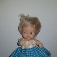 Muñecas Lesly y Barriguitas: ANTIGUA BARRIGUITAS CON FALDÓN AZUL FAMOSA ORIGINAL. Lote 180937533