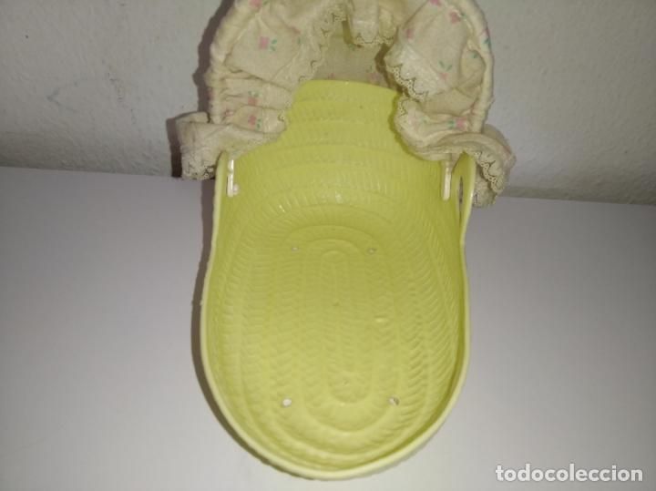 Muñecas Lesly y Barriguitas: Capazo con capota de muñeca Barriguitas de Famosa - Foto 7 - 195030002