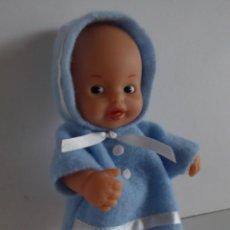 Muñecas Lesly y Barriguitas: BARRIGUITAS PELONCETE CON CAPOTA AZUL ORIGINAL. Lote 199398933