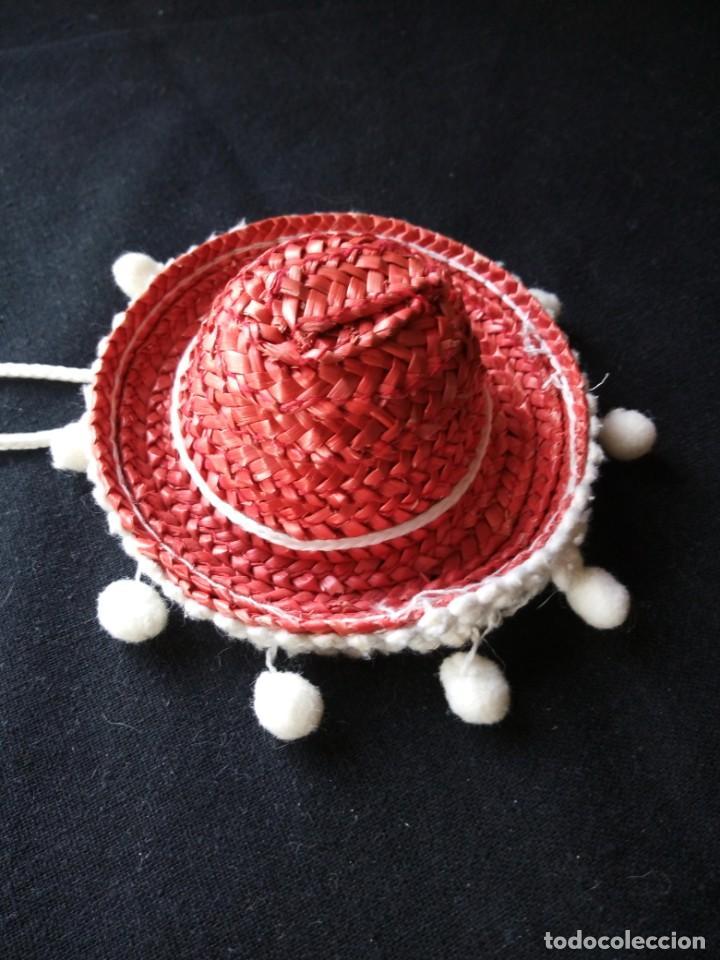 Muñecas Lesly y Barriguitas: sombrero mejicano de paja rojo para barriguitas. años 80 - Foto 2 - 206411251