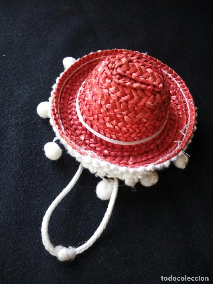 Muñecas Lesly y Barriguitas: sombrero mejicano de paja rojo para barriguitas. años 80 - Foto 4 - 206411251