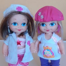 Muñecas Lesly y Barriguitas: MUÑECA BARRIGUITAS ENFERMERA Y BARRIGUITAS EMBARAZADA. Lote 209011526