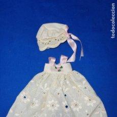 Muñecas Lesly y Barriguitas: VESTIDO FALDÓN BORDADO Y GORRO ORIGINAL BARRIGUITAS ETIQUETA Nº 900 VER FOTOS! SM. Lote 210106093