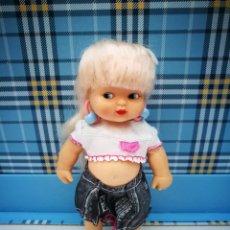 Bambole Lesly e Barriguitas: BARRIGUITA PIERNAS RECTAS MUÑECA DE FAMOSA. Lote 211435494