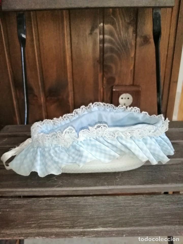 Muñecas Lesly y Barriguitas: Capazo barriguita todo original de la época. - Foto 2 - 221790766