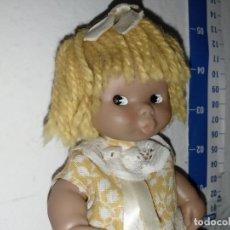 Muñecas Lesly y Barriguitas: MUÑECA BARRIGUITAS BARRIGUITA PELO DE LANA NEGRA BESITOS. Lote 222044838