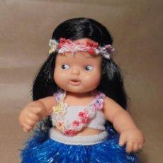 Muñecas Lesly y Barriguitas: MUÑECA BARRIGUITAS DE FAMOSA - HAWAI - MUNDO - SALVAT Nº 6 - AÑOS 90 - COMO NUEVA. Lote 222237200
