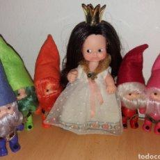 Bambole Lesly e Barriguitas: BARRIGUITAS DE FAMOSA BLANCANIEVES CON 5 ENANITOS SERIE CUENTOS AÑOS 80. Lote 235842880