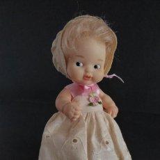 Muñecas Lesly y Barriguitas: BARRIGUITAS ANTIGUO CON FALDÓN BORDADO. Lote 240014805