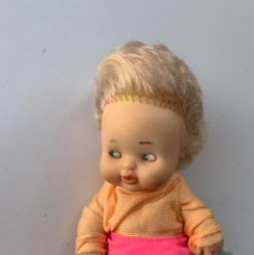 Muñecas Lesly y Barriguitas: MUÑECA BARRIGUITA DE FAMOSA. Lote 242092325