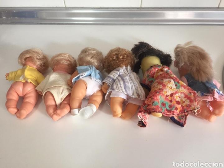 Muñecas Lesly y Barriguitas: BARRIGUITAS DEL MUNDO CASTAÑO PELO RIZADO - Foto 6 - 244908995