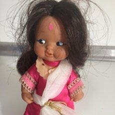 Muñecas Lesly y Barriguitas: BARRIGUITAS MAJARANI SERIE CUENTOS VESTIDA Y CALZADA. Lote 244910925