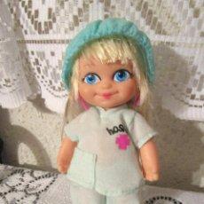 Muñecas Lesly y Barriguitas: PRECIOSA MUÑECA BARRIGUITAS MODERNA ENFERMERA MEDICO HOSPITAL. Lote 194340328