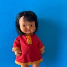 Muñecas Lesly y Barriguitas: MUÑECA BARRIGUITA DE FAMOSA. SE LE CAE EL PELO. Lote 271946393